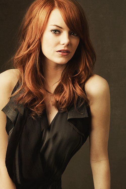 I LOVE Emma Stone's dark red color.. I'm a red head already, so surely I could pull this off?