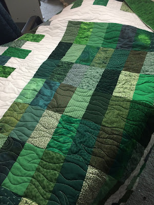 How Do You Put A Quilt On A Quilting Frame ✓ Quilting
