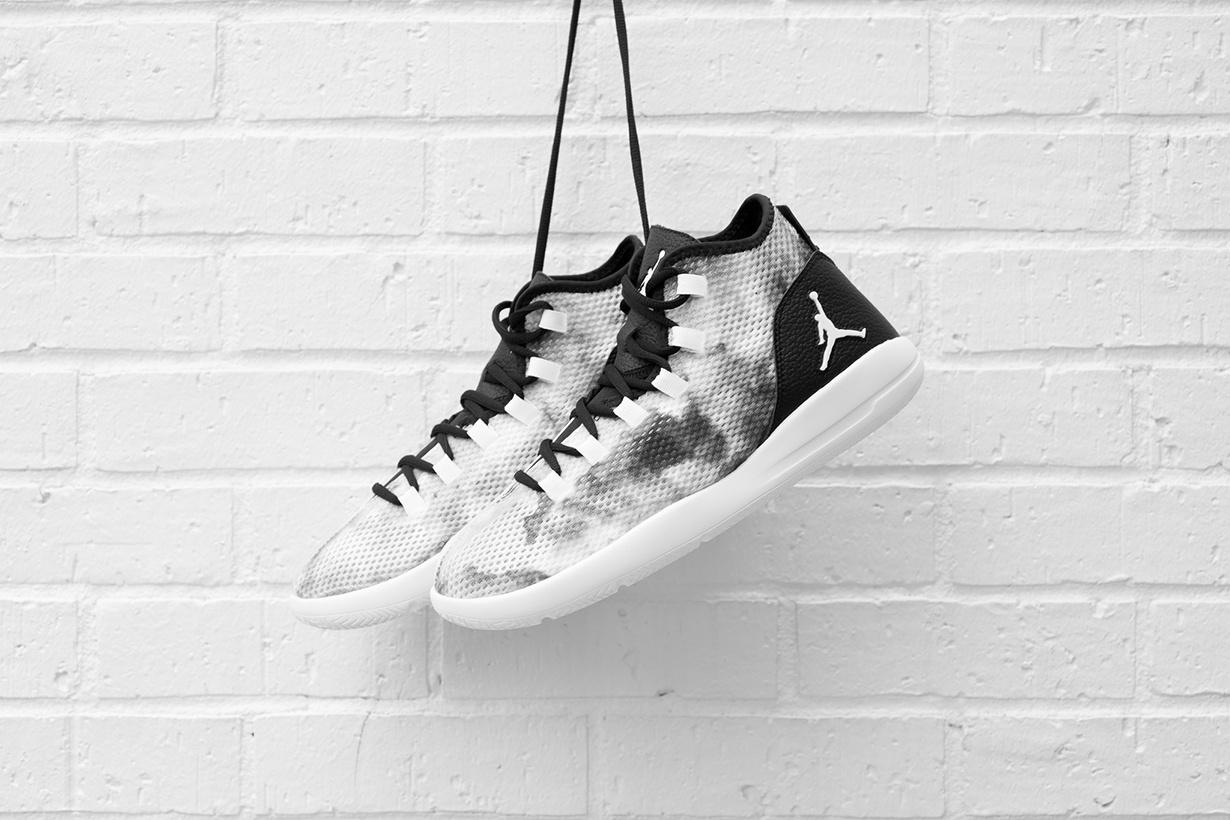 22ff8bb93107 EffortlesslyFly.com - Online Footwear Platform for the Culture  Air ...