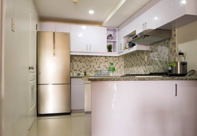 Ruangan dapur rumah minimalis type 30 dengan warna cat modern