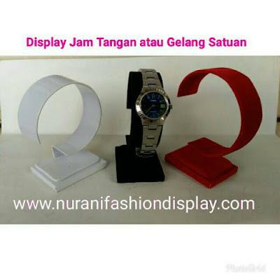 Display Pajangan Jam Tangan Gelang