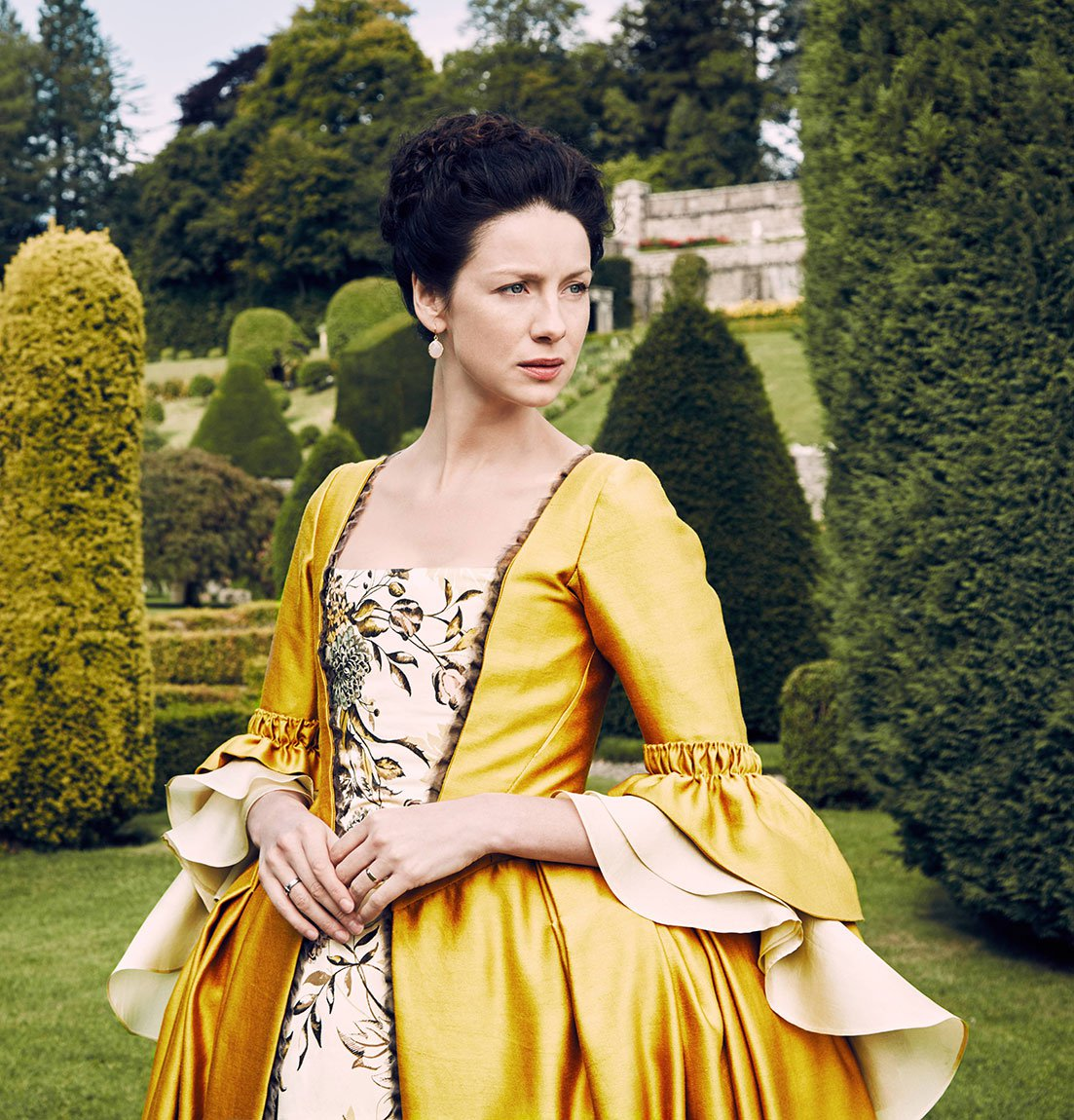 f6e6c58a9e6 After doing a little bit of research I decided to reproduce it for our Etsy  shop. The dress looks like a typical mid-1700 s gown with contrasting  stomacher ...