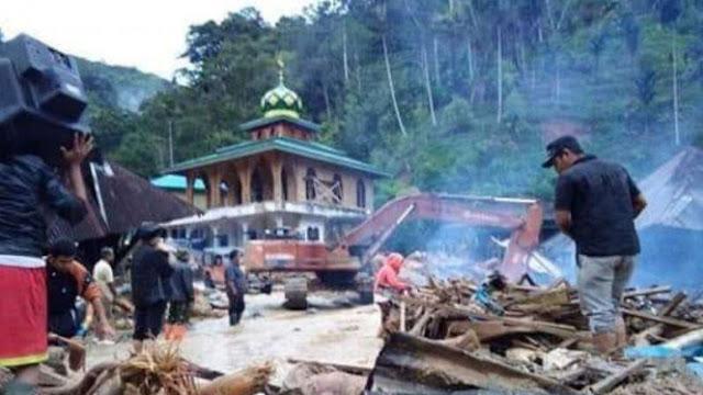 Banjir Bandang Terjang SD di Sumut, 11 Pelajar Meninggal