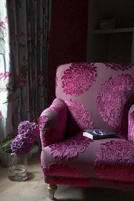 cadeira violeta