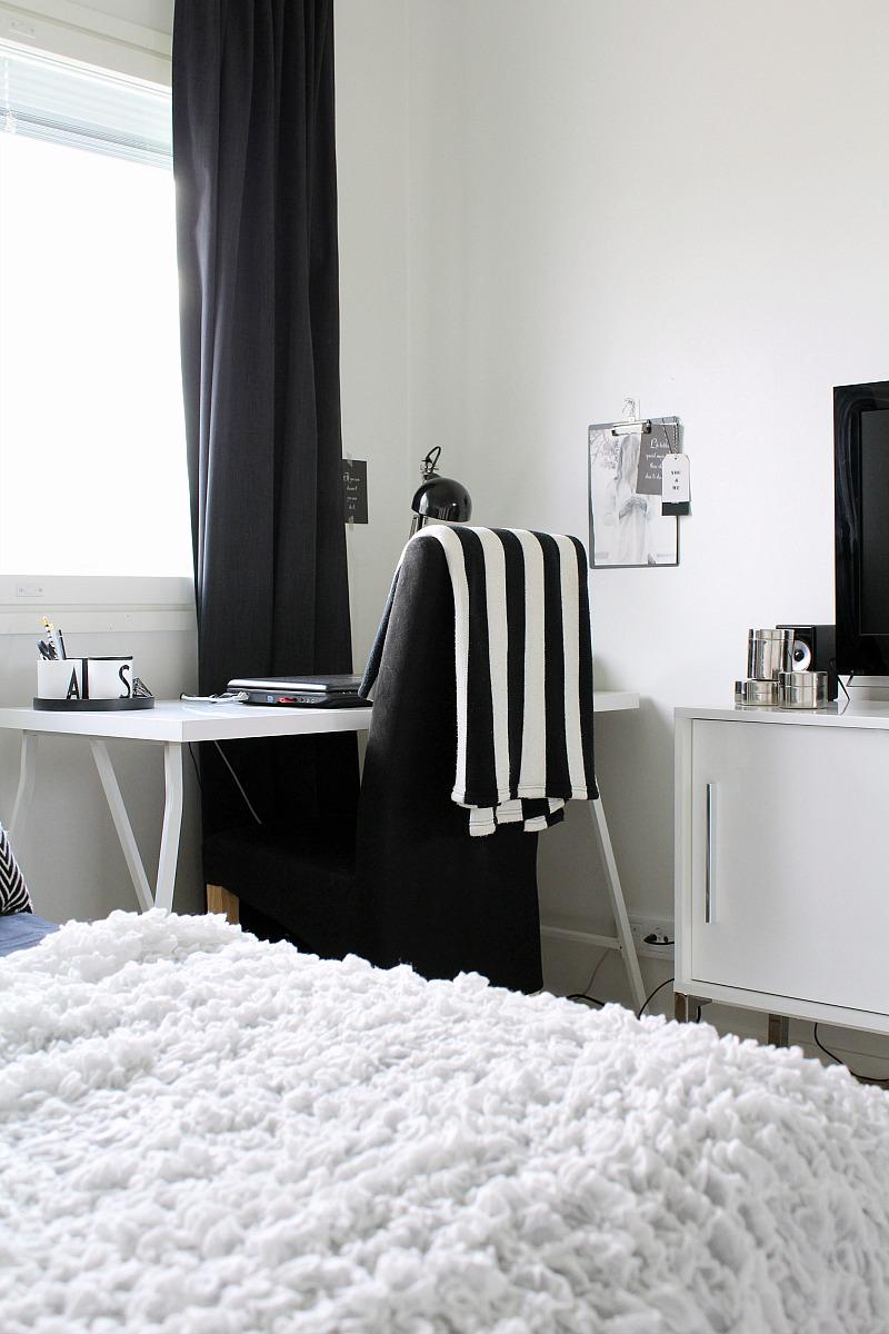 mustavalkoinen makuuhuone sisustus ikea