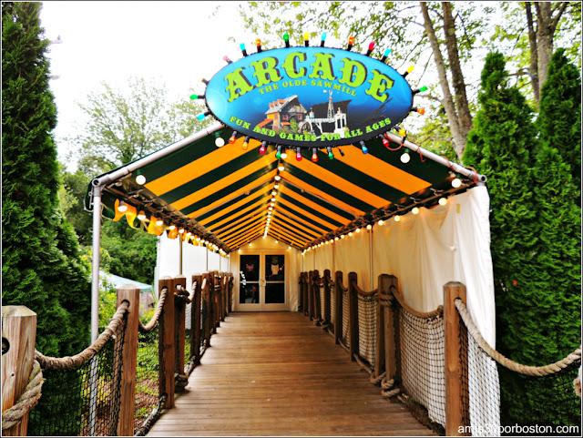 Granjas de Massachusetts: Olde Sawmill Arcade en la Kimball Farm