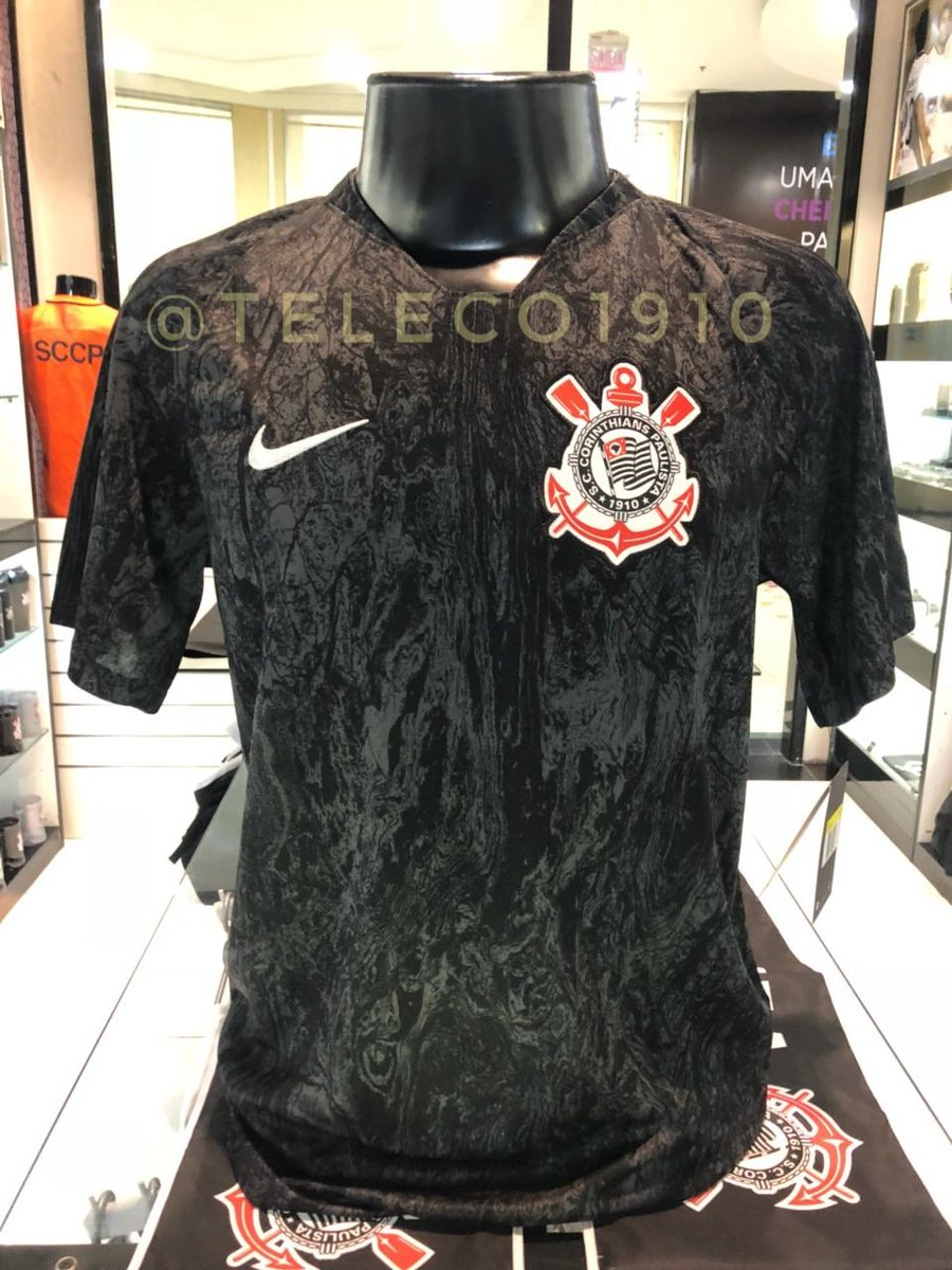 White shorts and socks in the same color as the shirt complete the Nike  Corinthians away kit for 2018-19. 4672bcb87