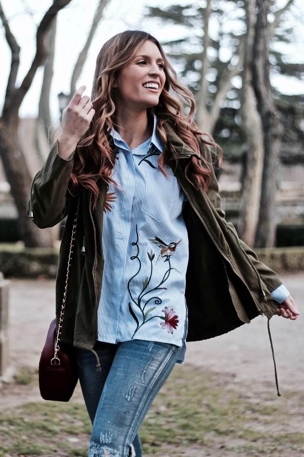 blusa bordada zara