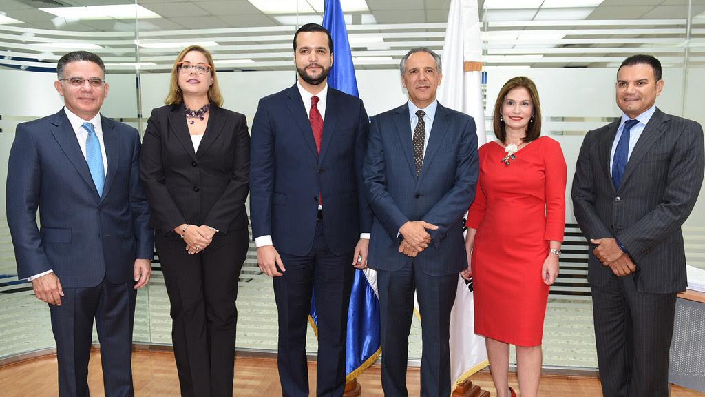 JR Peralta considera clave seguir fortalecimiento de alianzas sectores público y privado