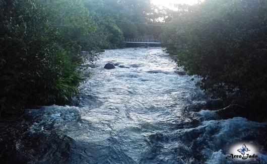 Rio Correntina - Sete Ilhas Correntina Bahia