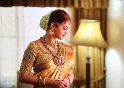 actress-Bhavana-kanjeevaram-bridal-saree