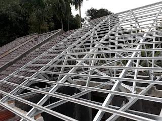 baja ringan untuk atap rumah