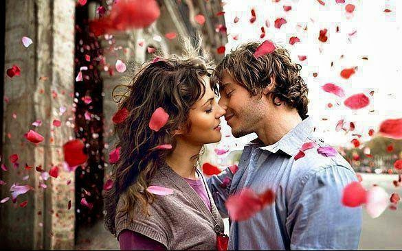 Very Romantic Love couple kiss image picture photos