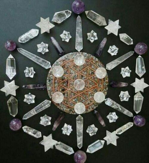Cuarzos Merkabah druzas esferas pentagrama