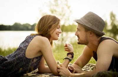 5 Hal yang Membuat Hubungan Anda dengan Doi Makin Mesra