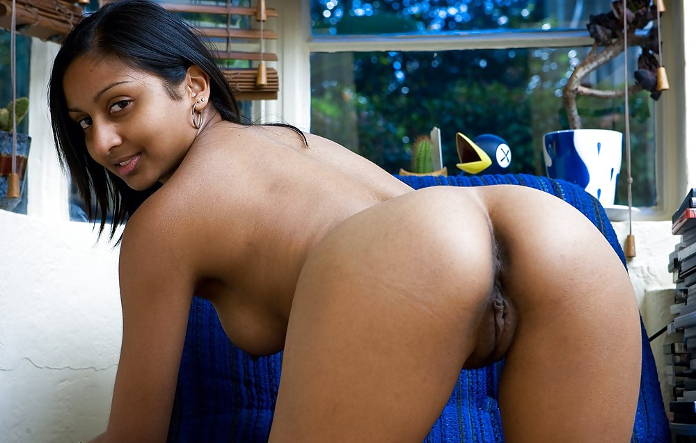 Cute Indian Girl Ass Naked Pics