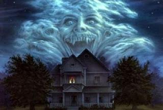 Lucruri care atrag demonii și semne că o casă este bântuită