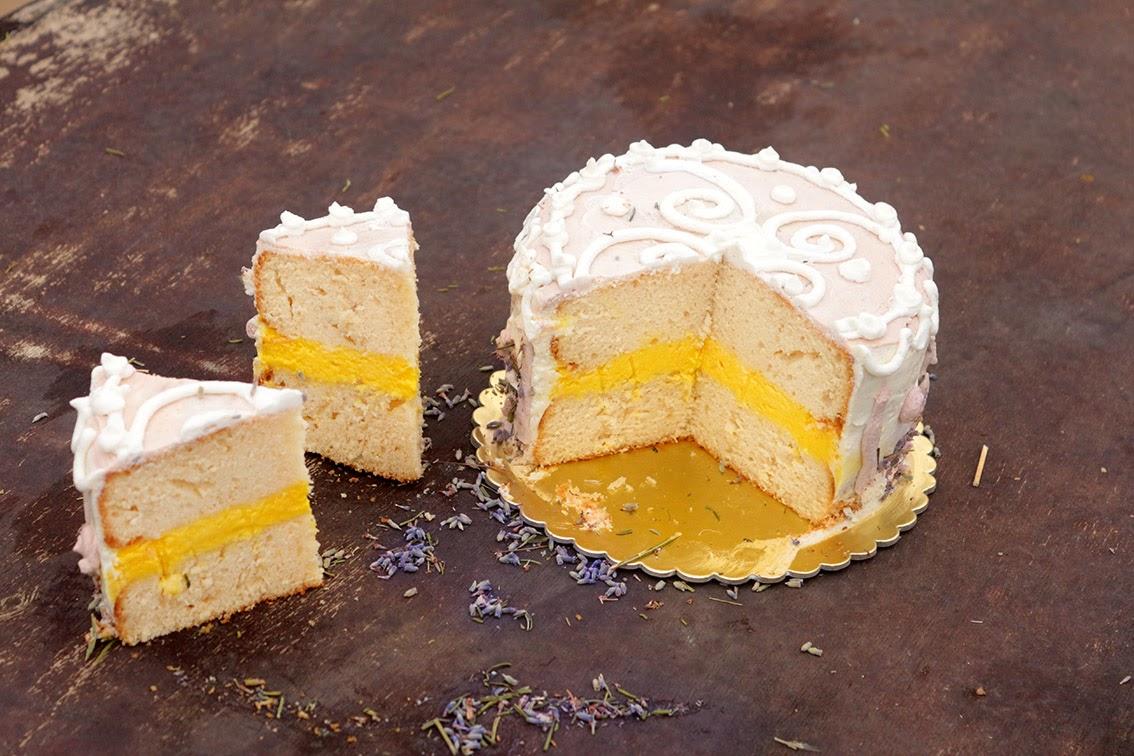 Ekşi krema kek nasıl pişirilir bilmiyorum Tarif burada