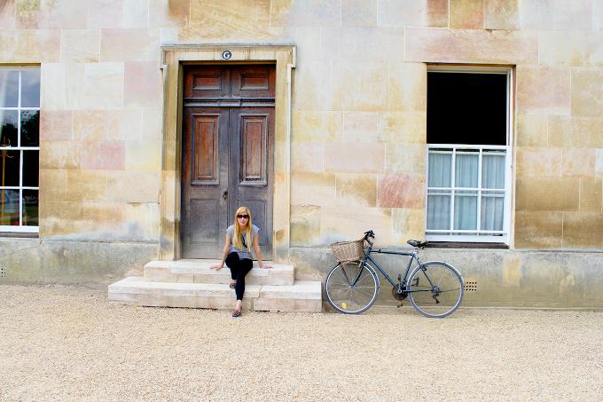 Punting in Cambridge - The Wayfarer