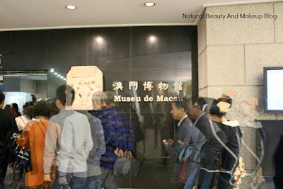 The entrance of Macau Museum located in the same vicinity of Monte Fort. Visitors lined up ina queue