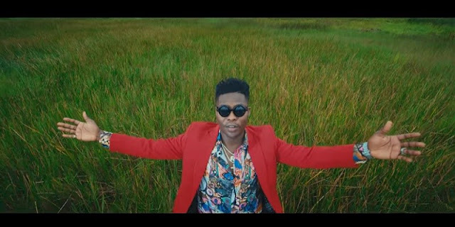 VIDEO: Reekado Banks – Blessings On Me