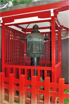 โคมปีศาจ - ศาลเจ้าฟูตาราซัน (Futarasan Shrine)