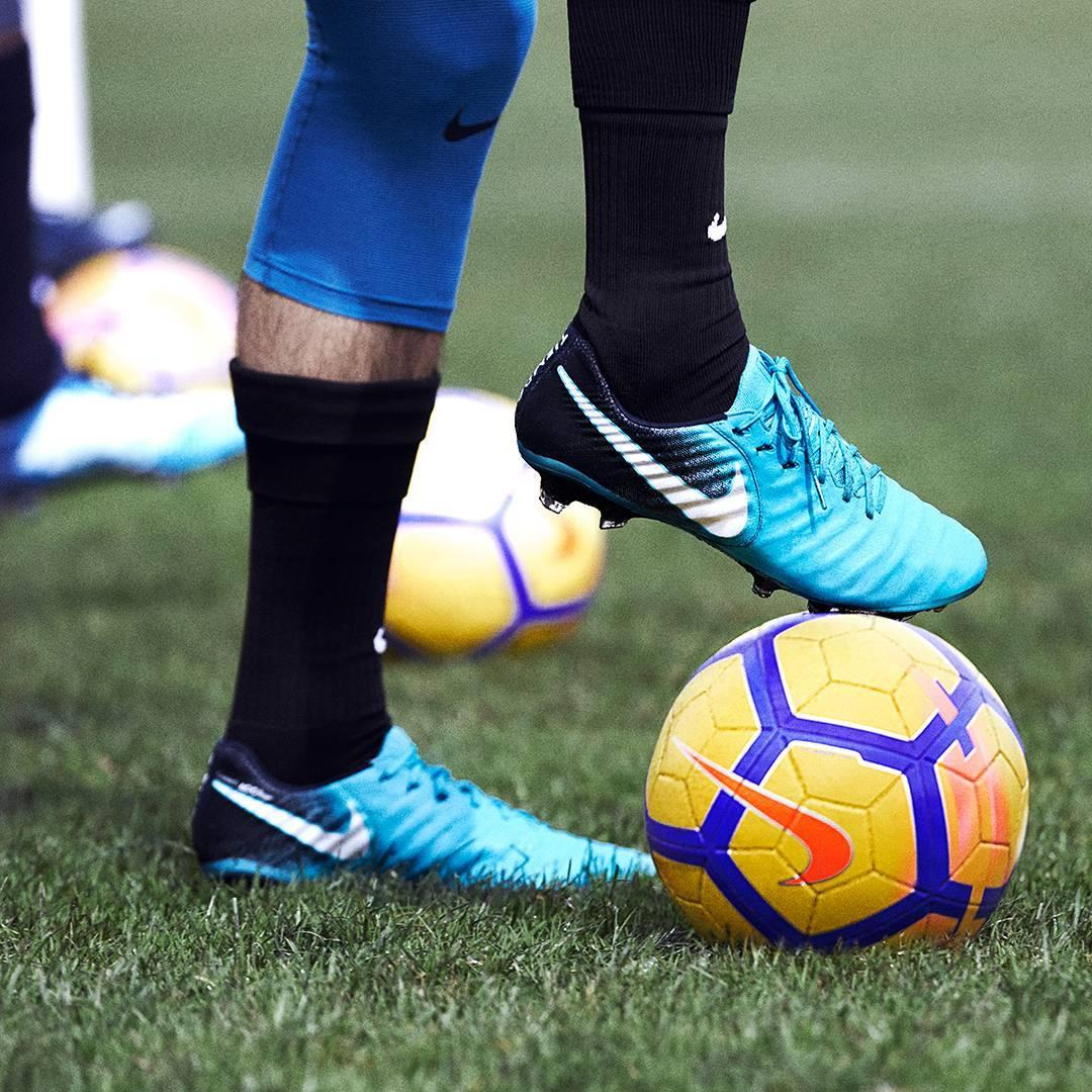 Closer Look: Nike Ice Pack Mercurial, Magista, Hypervenom ... - photo#50