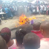 Live In Onitsha : Thief Burnt To Death By Angry Mob