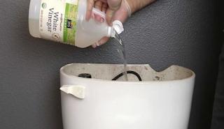 7 εναλλακτικοί τρόποι καθαρισμού του μπάνιου με φυσικά προϊόντα
