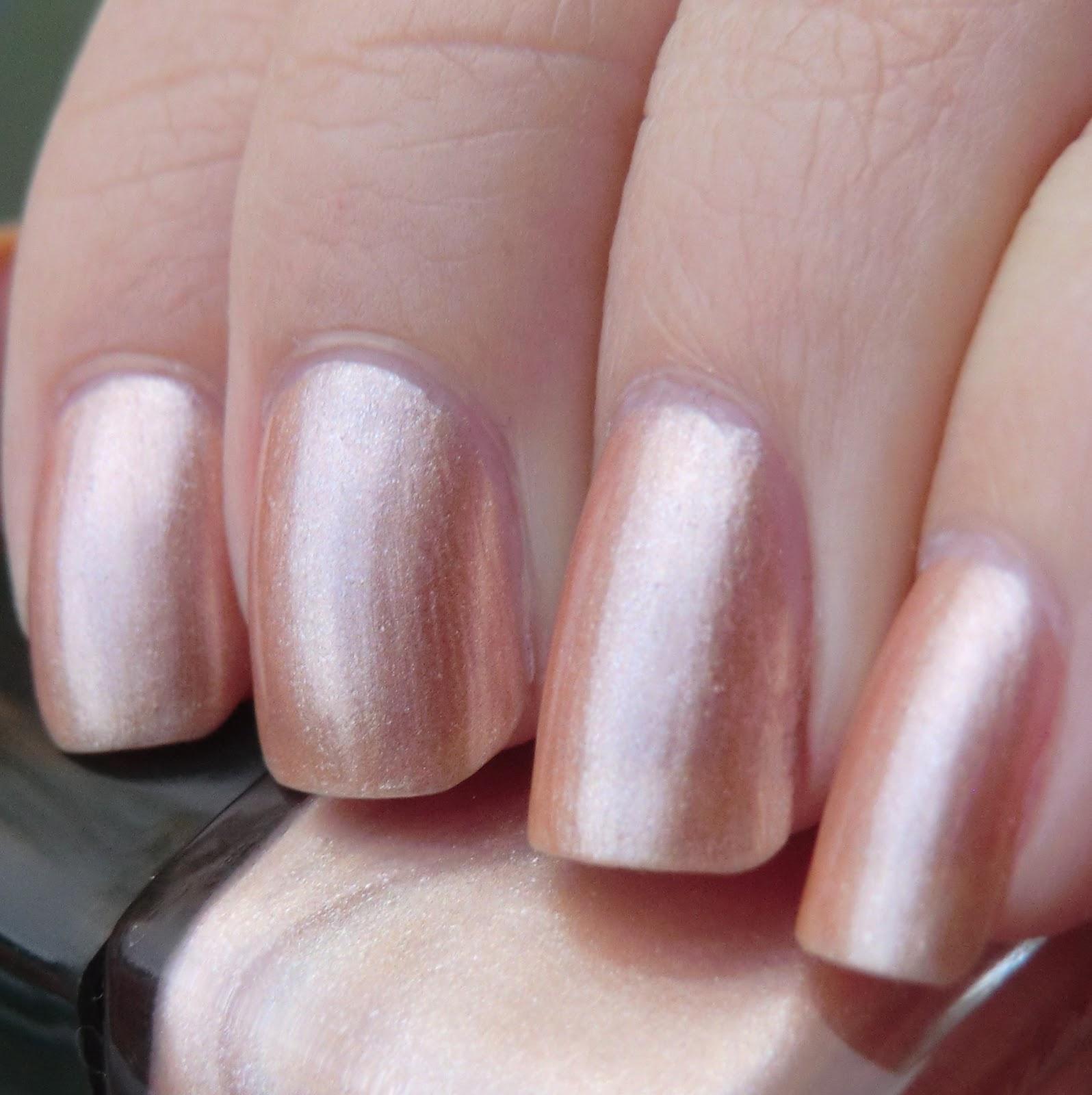 Lenas Sofa Rival De Loop High Gloss Nail Colour 42