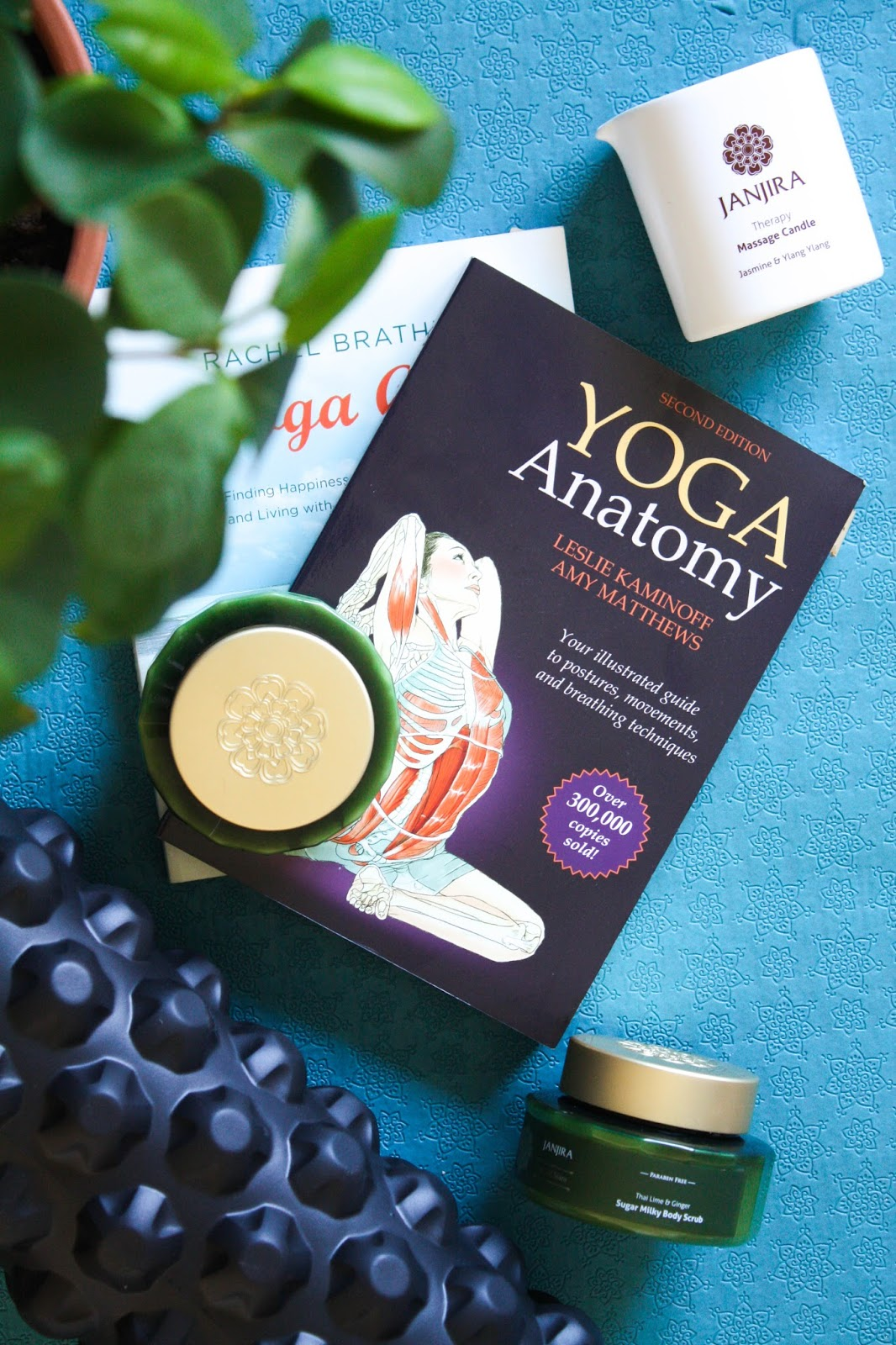 Yoga Journal: 3 ways how to relax after a power yoga flow