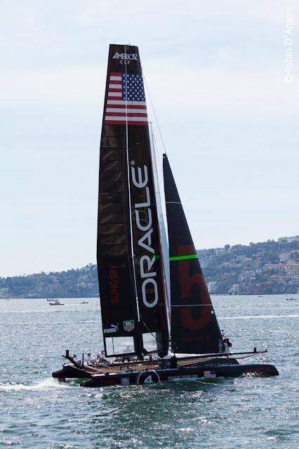 America's cup di vela-Napoli-Oracle