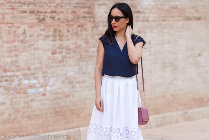 Bloguera Moda Valencia Influencer Instagram Look chic comodo Blanco Azul_marino