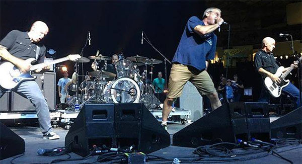 """Descendents perform """"Without Love"""" live"""
