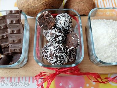 Bajaderkowe kulki czekoladowo-kokosowe