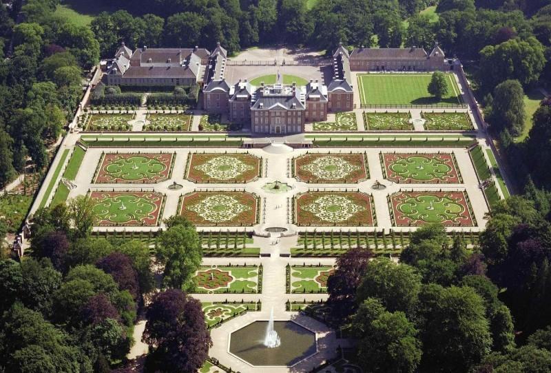 Los jardines del palacio het loo desde el aire for Jardines barrocos