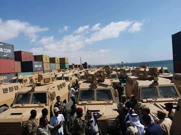 Dowlada Somalia oo lagu wareejiyay 68-gaadiidka Gaashaaman ee ciidanka (Daawo Sawirada)