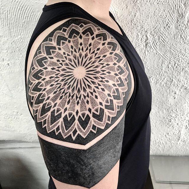 Tatuagem Blackout