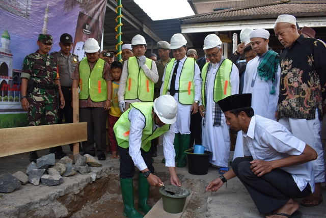 Masjid Al-Mansyur Bakal Jadi Ikon Baru Kota Liwa
