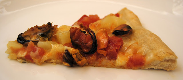 Pizza con Mejillones (Pizza alle Cozze)