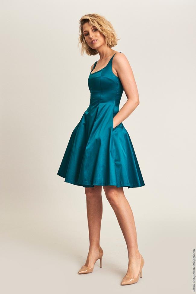 Moda vestidos 2019.