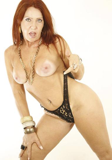 Michelle fernandez aka michelly ferrari brazilian milf 4
