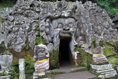 Candi Goa Gajah