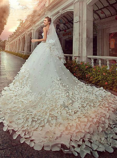 Charming Sweetheart Floor-Length Patterned Flower Beading Cathedral Wedding