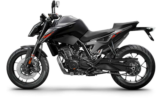 New 2019 KTM 790 Duke Side Picture