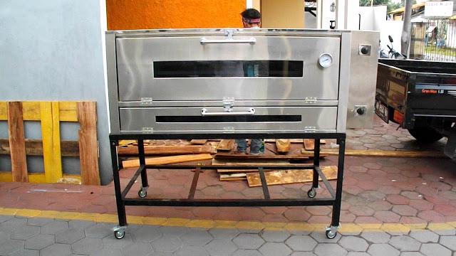 Tips memilih Oven Roti untuk Bisnis Bakery Pemula.