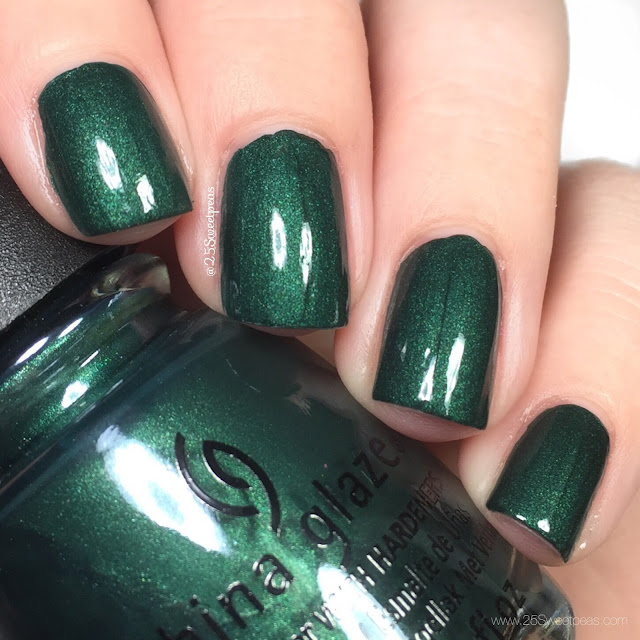 China Glaze They Perfect Holly-day