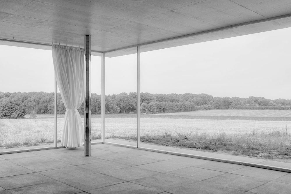simplicity love mies 1 1 golf club project germany mies van der rohe. Black Bedroom Furniture Sets. Home Design Ideas