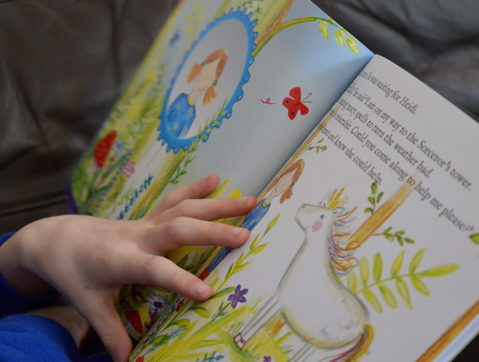 Bang on Books Review - Personalised Adventure Stories for Kids (made in Newcastle) - Unicorn Oo illustration