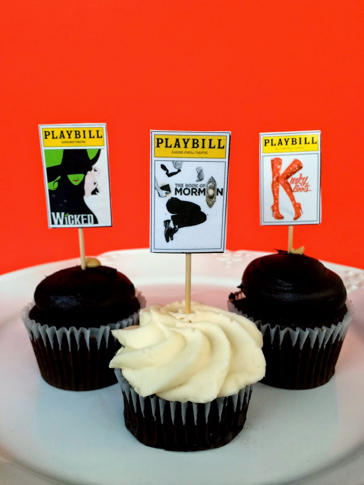 Jac O Lyn Murphy Play With Your Cupcakes Broadway